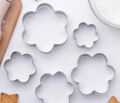 """Набор форм для вырезания печенья  """"Ромашки"""", 5 шт"""