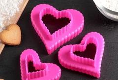 """Набор форм для вырезания печенья  9х9х4 см """"Сердце"""", 3 шт, цвета МИКС"""