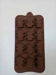 """Форма д/льда и шоколада """"Роботы"""", 12 ячеек, 21*11*1,5 см"""