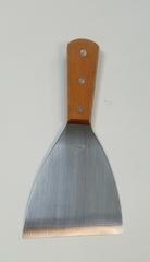 Лопатка-скребок 20,57,5 см (метал с дер. ручкой)